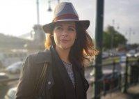 Új élmények várnak a fővárosban Dobó Enikő színésznőre